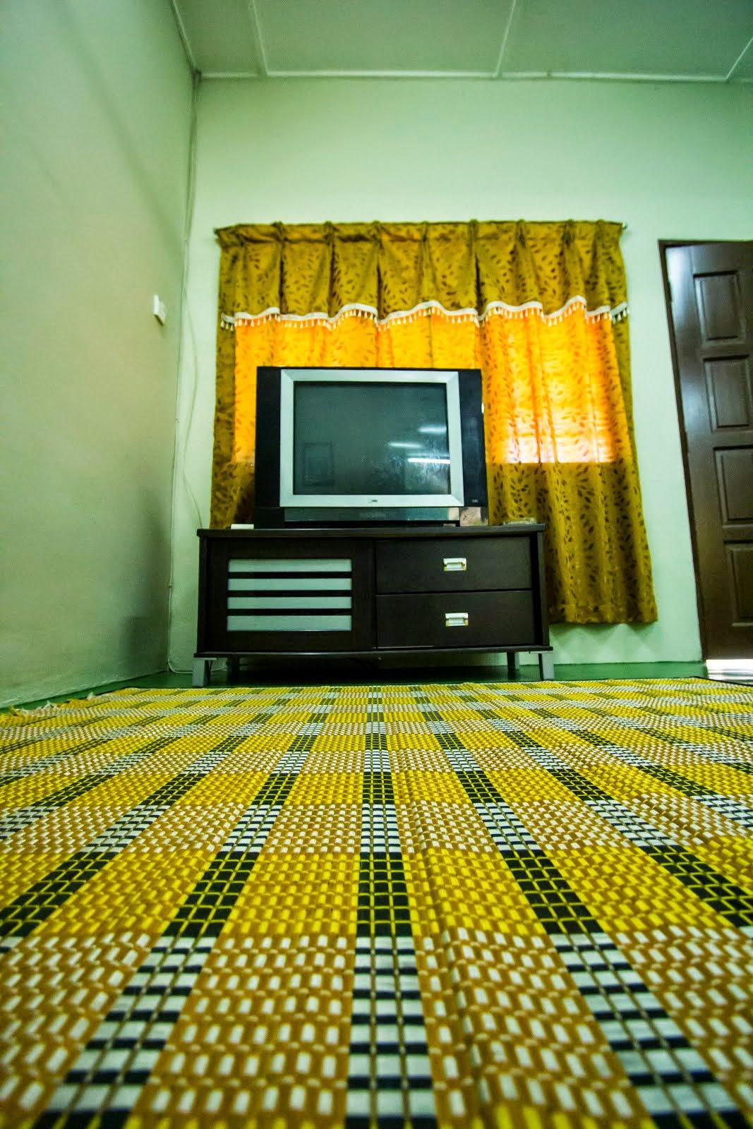 Ruang Tamu Homestay Semi-D Durian Daun Berhadapan Maktab Perguruan