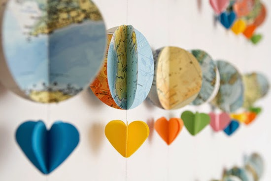http://babyology.com.au/nursery/etsy-find-day-world-map-balloon-garland.html