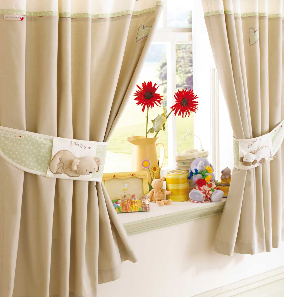 Creative window curtain design future dream house design - Windows curtains design ...