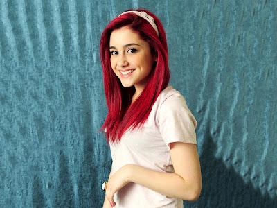 Ariana Grande Hot