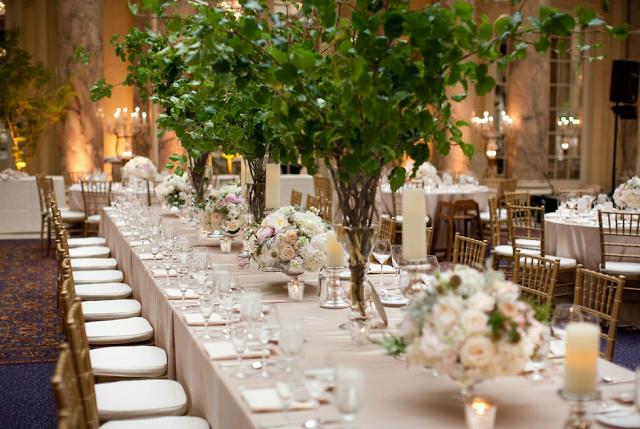 Bloomin 39 bouquets unique wedding centerpieces for Tall wedding centerpieces with branches