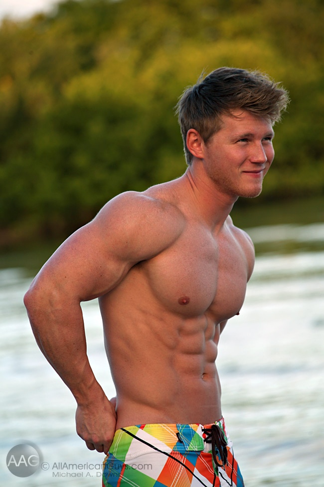 Picture About Stunningly Male Ripped Beach Body Austin C as Bodybuilder and Fitness model