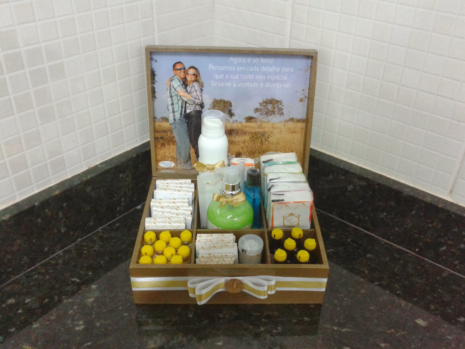 Casamento Kit Banheiro personalizado para os convidados do casal  #614928 1600 1200
