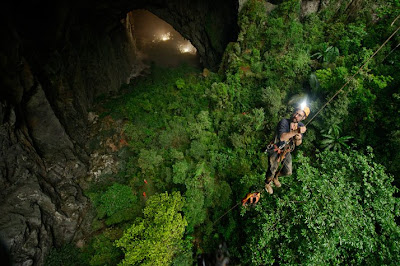 son doong cave tour operator, son doong cave tour organizer, information of son doong cave tour, how to get to son dong cave, cheap  tour to son doong cave