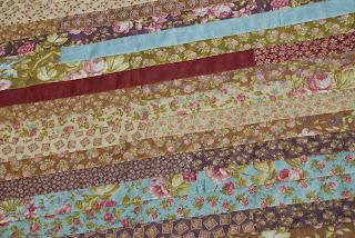 Spun sugar quilts jelly roll race quilt top 6 for Beach house blackbird designs moda