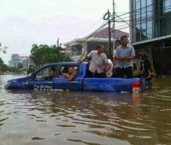 mobil banjir ford ranger