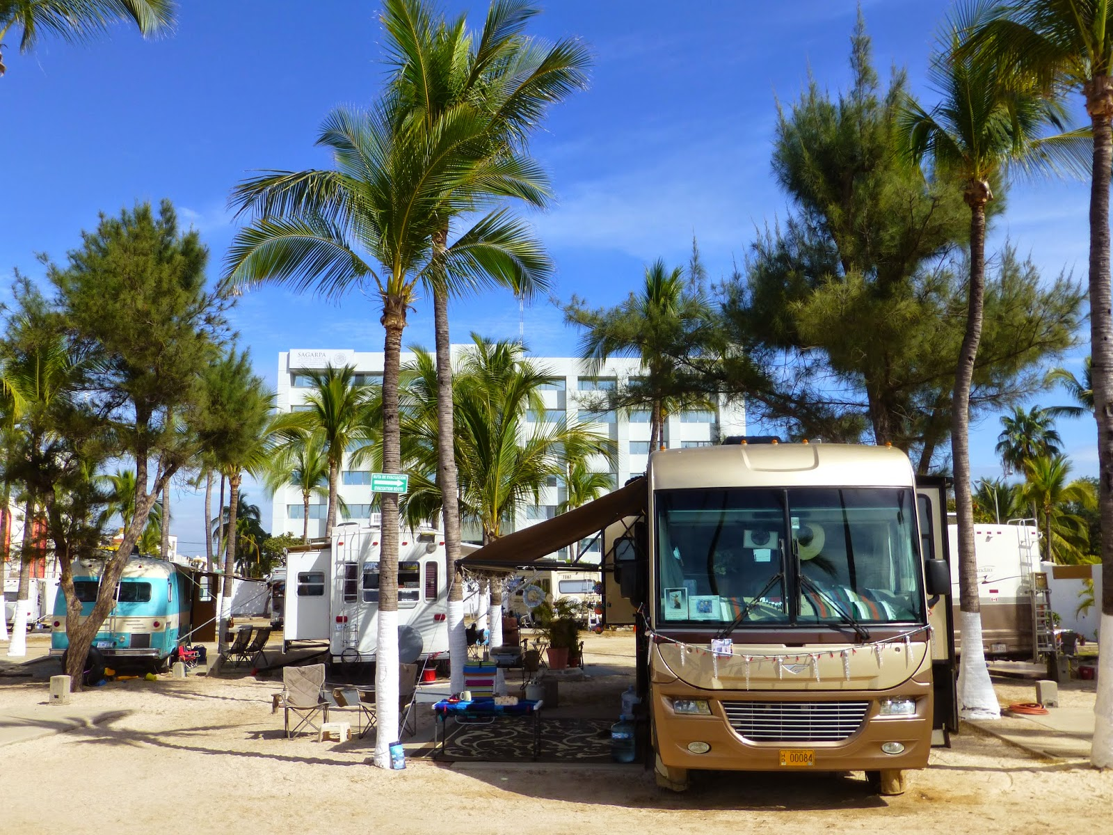 Healthy Living And Traveling In Mexico Rv Park Living In