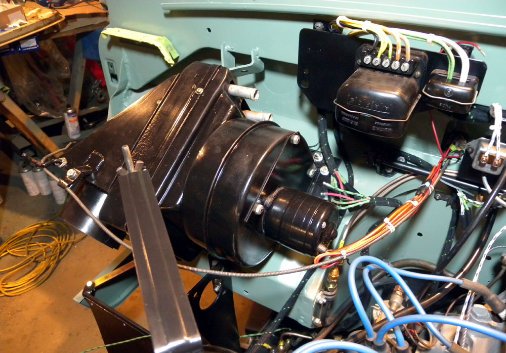 1960 land rover restoration 11 01 2011 12 01 2011 rh 1960landroverrestoration blogspot com land rover series ii wiring harness land rover 2a wiring loom