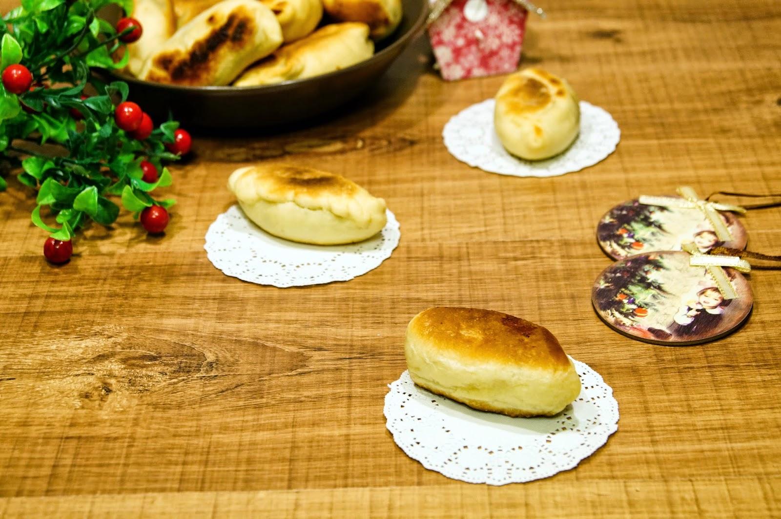 Дрожжевые пирожки с черникой рецепт