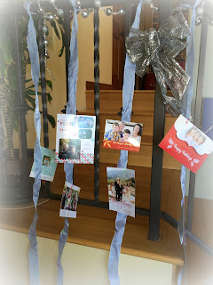 Holiday card display with ribbons