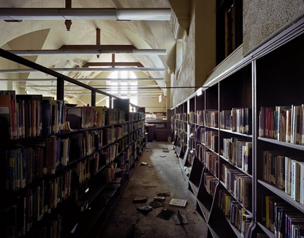 public library 3 essay
