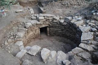 Ανακαλύφθηκε θολωτός τάφος στην Άμφισσα