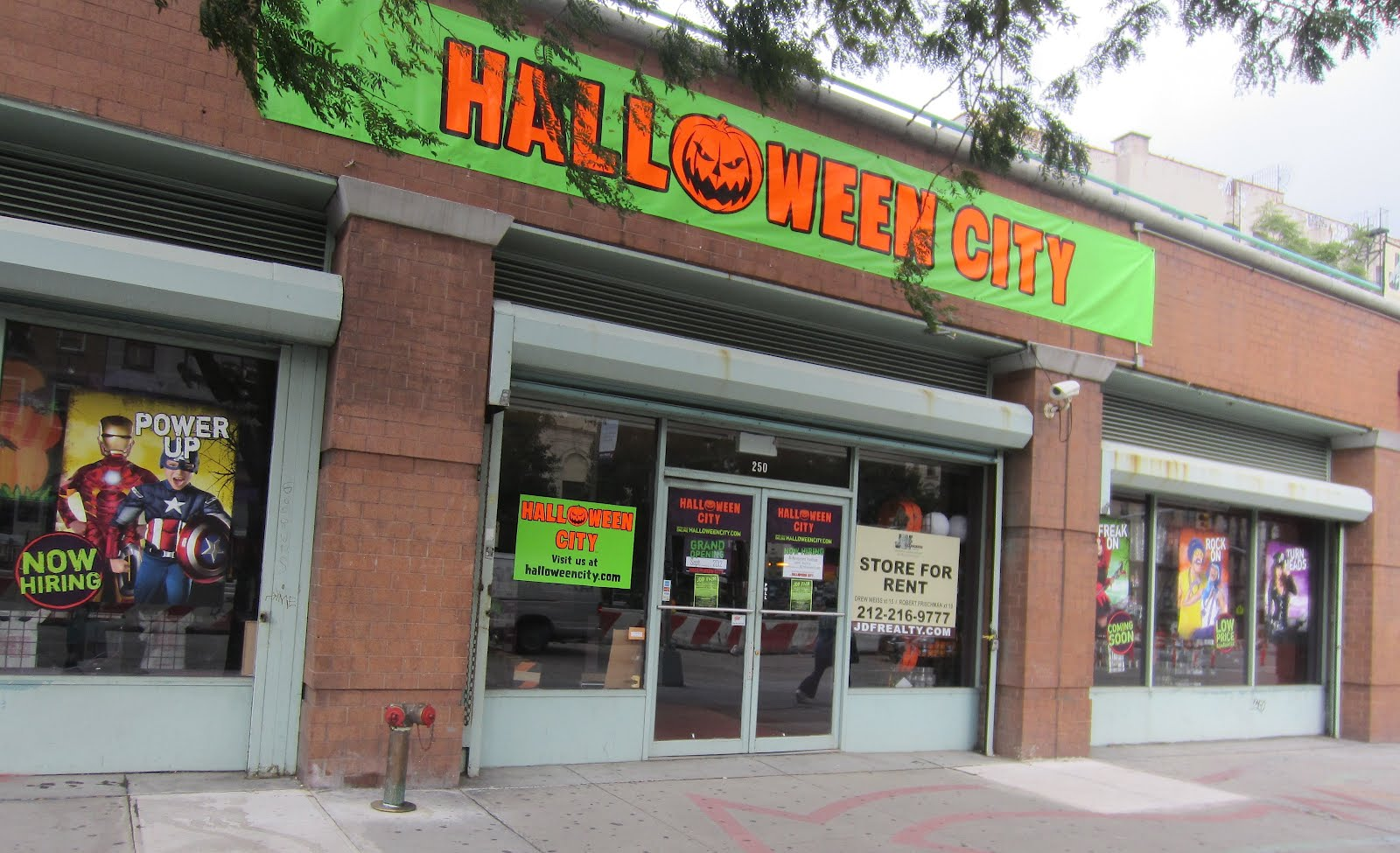 anticipation builds for new pop up halloween shop - Halloween Store 14th Street Nyc