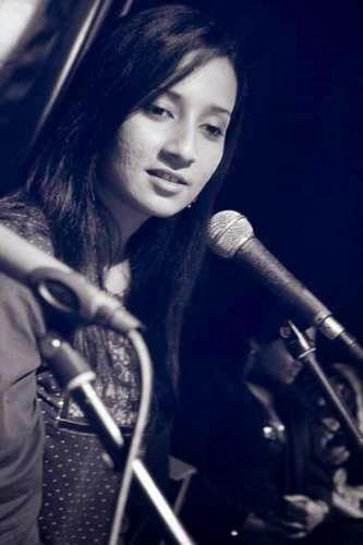 Bangladeshi+Singer+Anila+Naz+Chowdhury+010