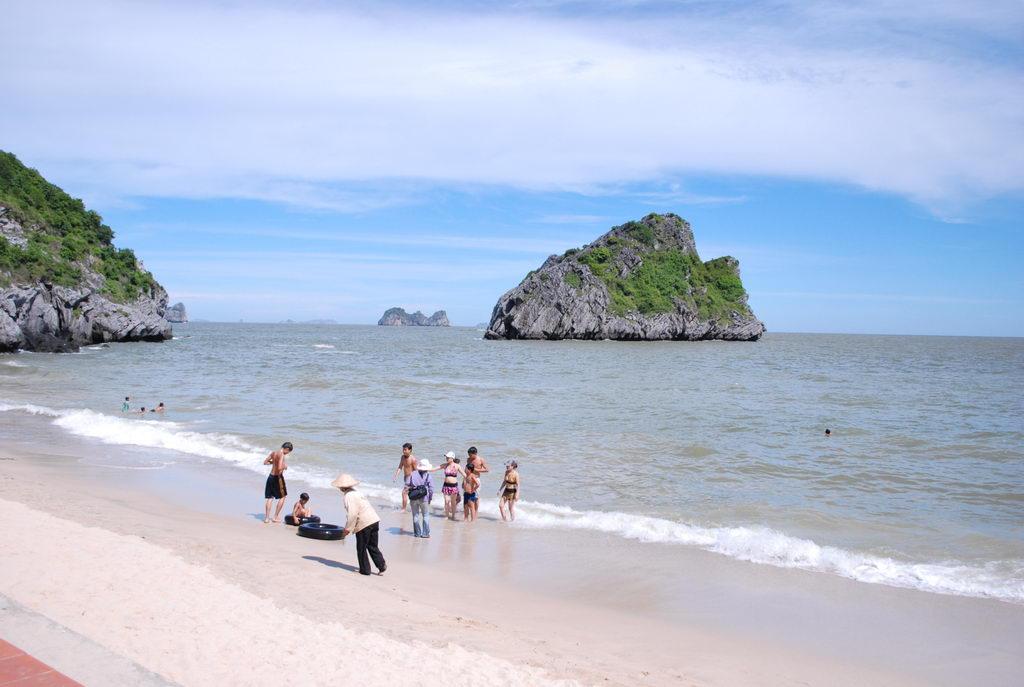 Du lịch đảo Cát Bà, Hải Phòng