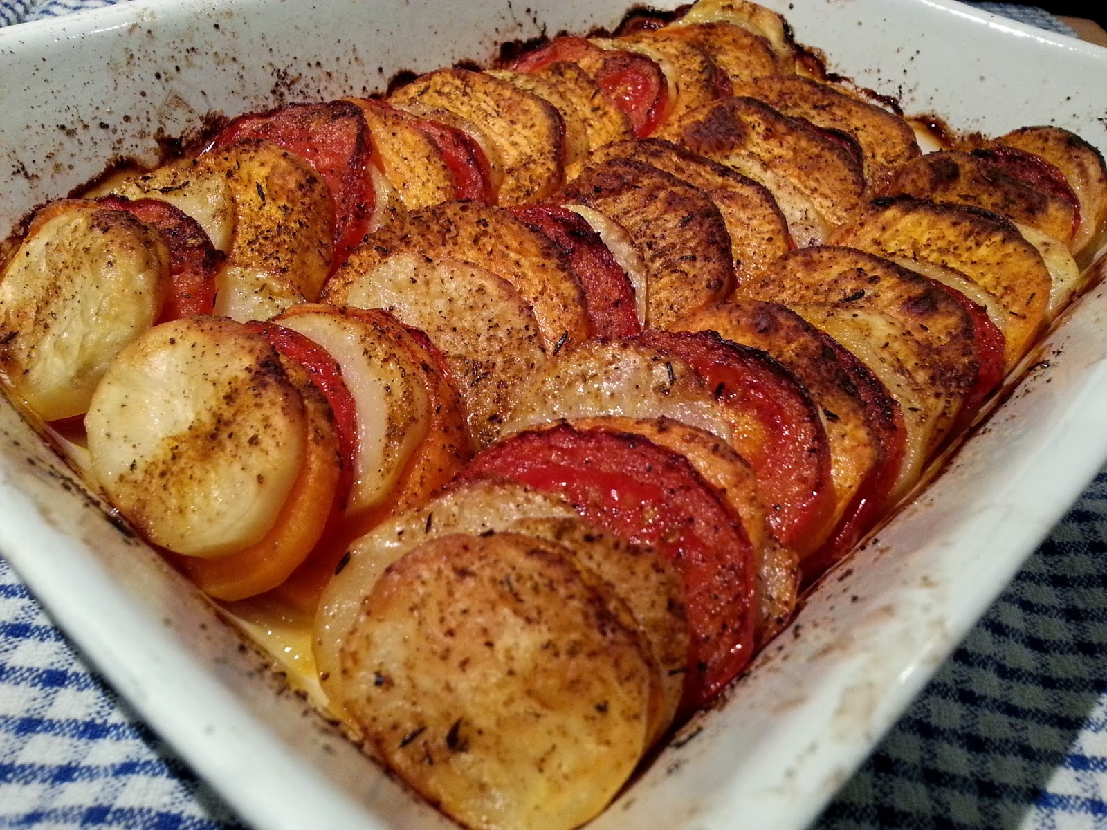 Slimming world delights sweet potato tomato and potato bake for Side dishes for baked fish