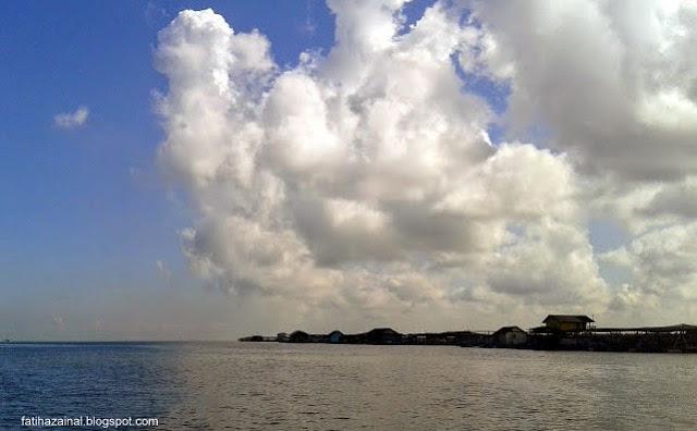 kampung nelayan pulau kukup