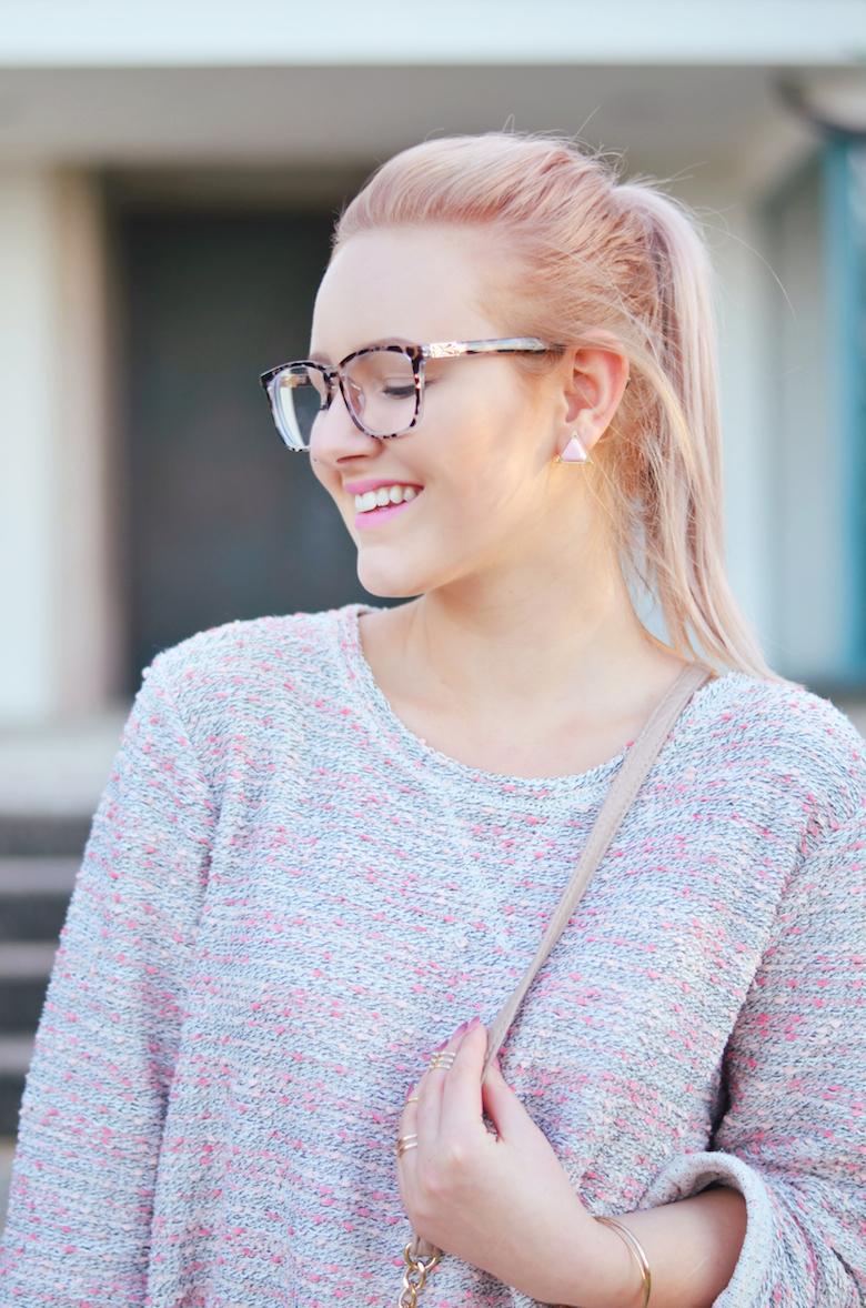 Outfit_rosa_weite_Hose_Pullover_Spätsommer_Tasche_schräg_umhängen_Hippie_Boho_Look_ViktoriaSarina