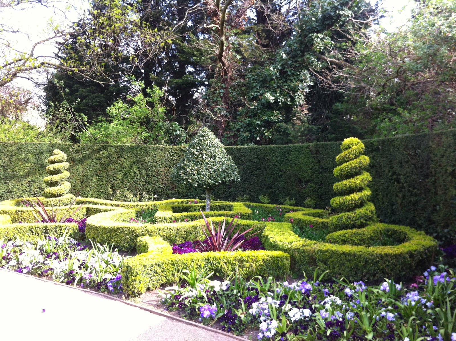 St. John's Lodge Garden, Regent's Park, London
