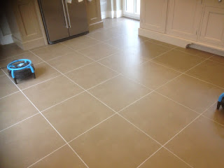 Porcelain tiles after cleaning, just like new
