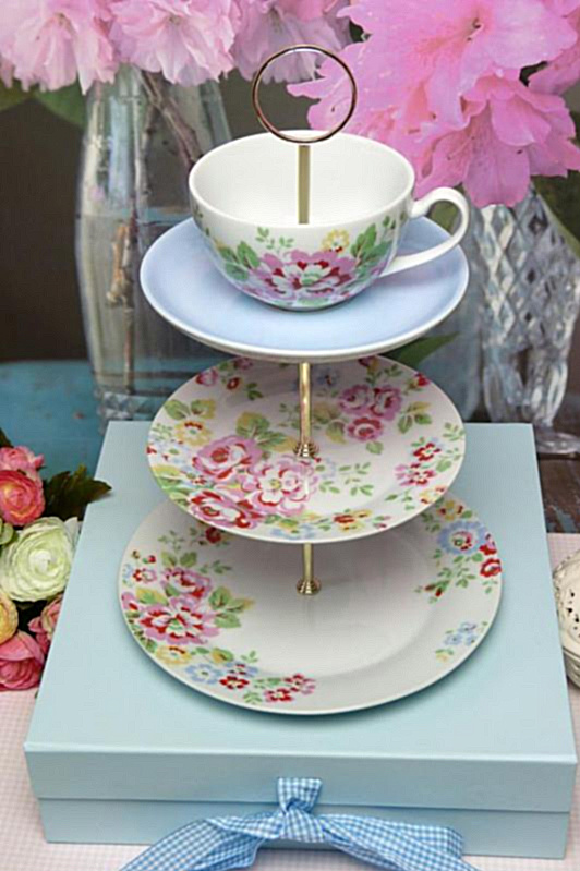 Design Your Own Cake Stand : Heartfelt and Homemade: Gooseberry Patch s Brand New Series