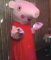 Peppa Pig http://laura-honeybee.blogspot.com/2015/12/dear-father-christmas.html