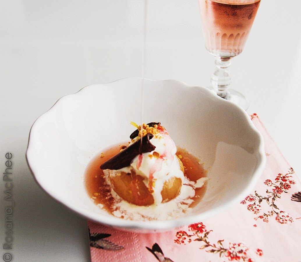 Hot & Chilli | food and travel blog: White peaches in Rosé d'Anjou