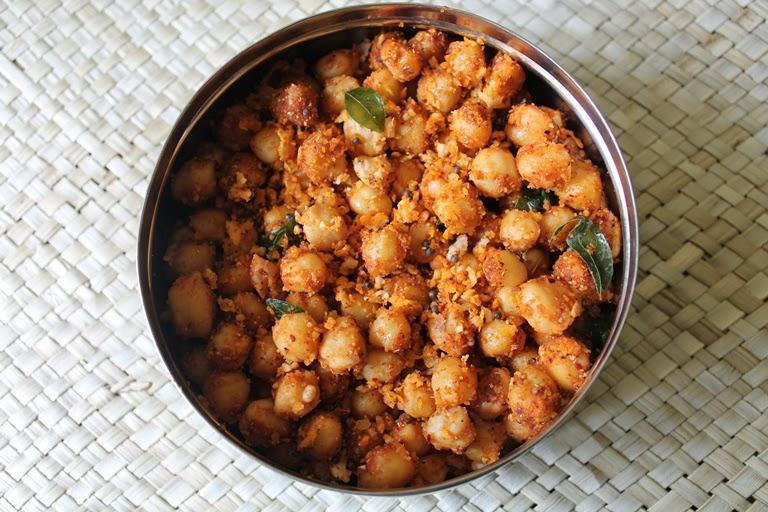 Chana Masala Sundal / Chickpea (Kabuli Chana) Masala Sundal / Kondakadalai Sundal - Navaratri Recipes