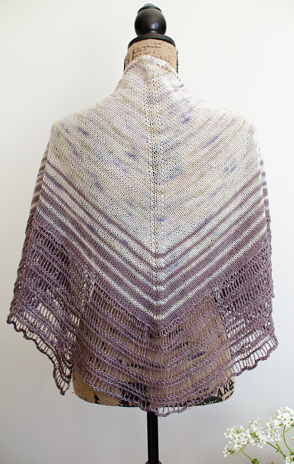 Numinous Shawl pattern by Katya Frankel