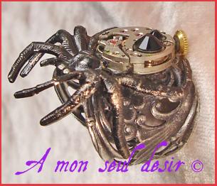 bague steampunk mouvement de montre mécanique mécanisme horlogerie araignée insecte clockwork clockwatch spider ring