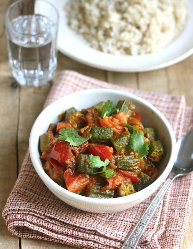 Okra & Tomato Curry by SeasonWithSpice.com