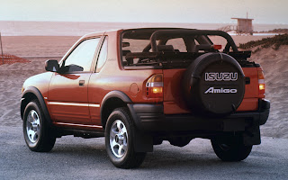 Orange Isuzu Amigo