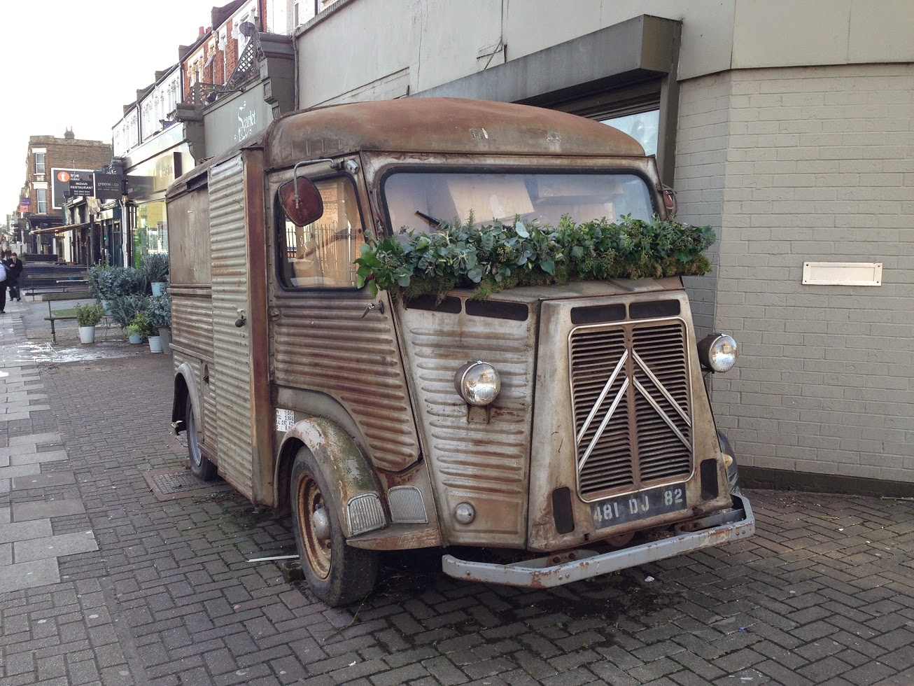 Old Citroen Van, Queen's Park, London