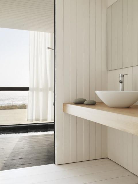 Фото ванной комнаты в доме на берегу моря