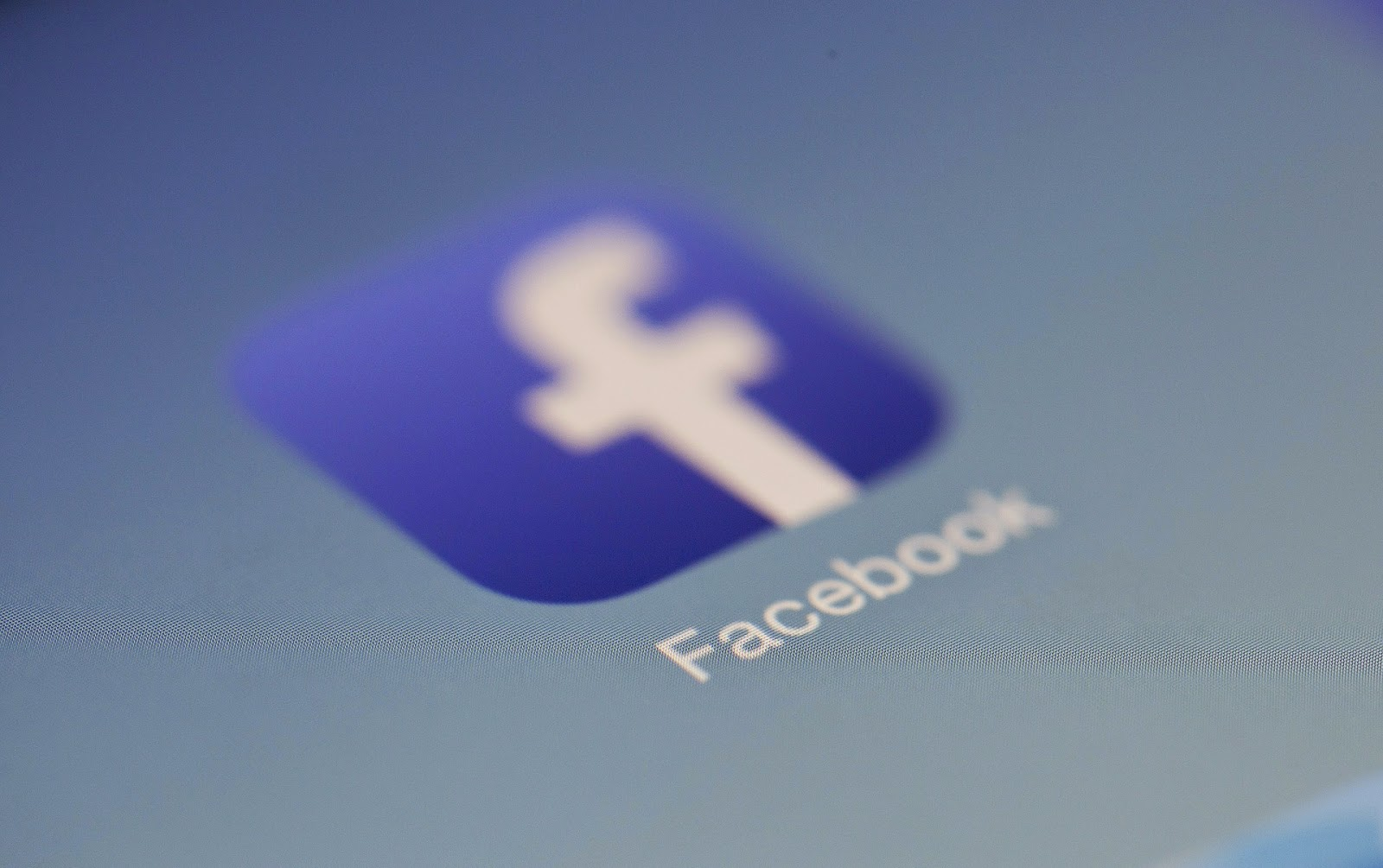 Facebook, Facebook-játék, közösségi oldal, közösségi média veszélyei