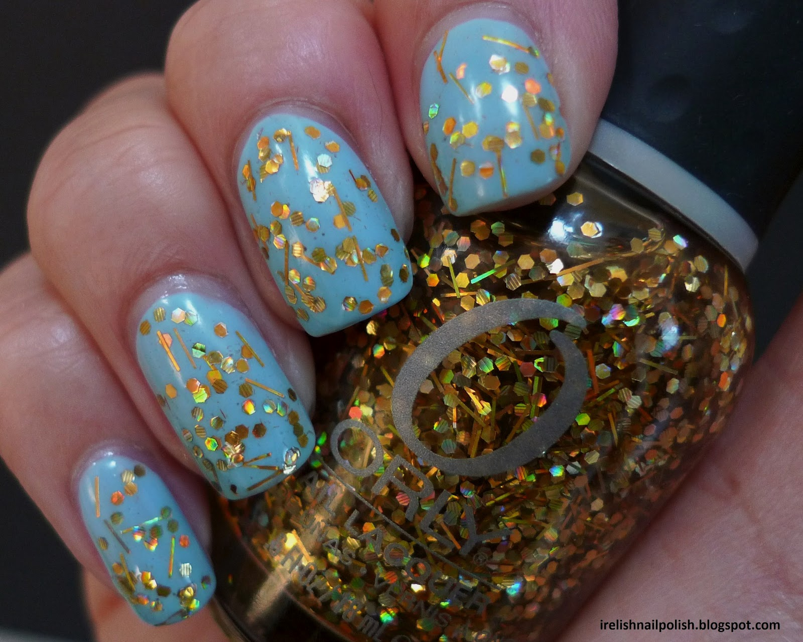 Sashay My Way A Holographic Gold Hex And Bar Glitter In Clear Base This Is One Coat Over Three Coats Of Color Club S Factory