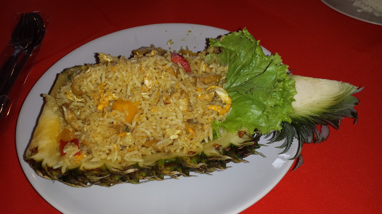 pineapple shrimp rice thailand, shrimp fried rice, best thai food