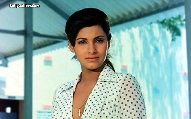 Beautiful Dimple Kapadia