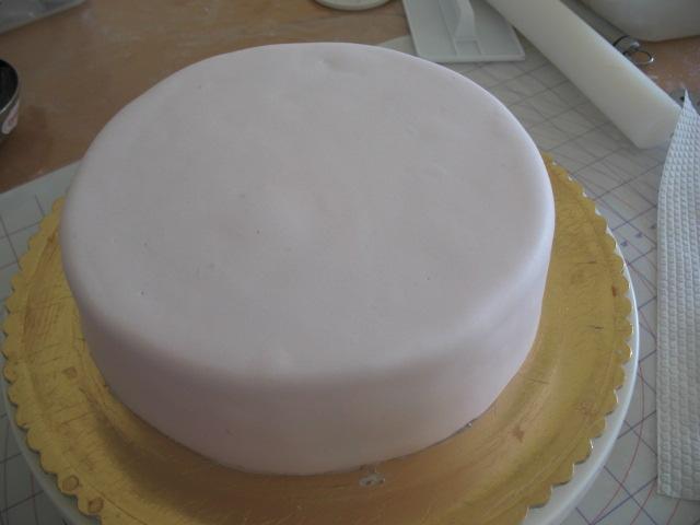 Veena Art Of Cake Fondant Recipe : Veena s Art of Cakes: Homemade Fondant / Sugarpaste Recipe