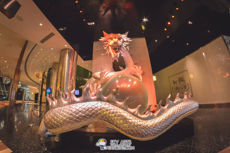 Dragon sculpture in one of the tower at City if Dreams