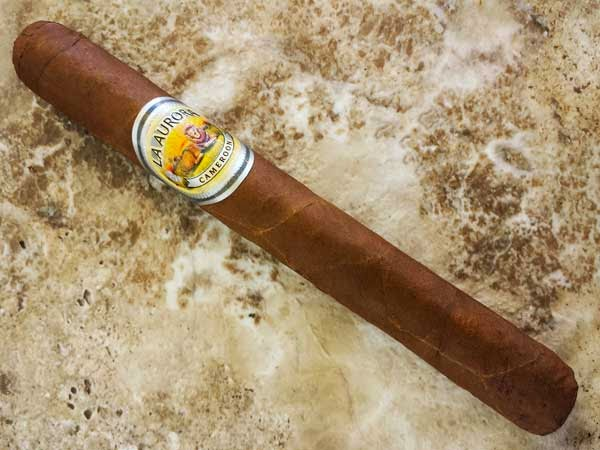 La Aurora Cameroon Corona Cigar