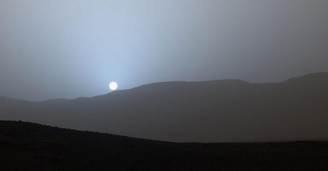 Hoàng hôn trên Hỏa Tinh. Hình : NASA/JPL-Caltech/MSSS.