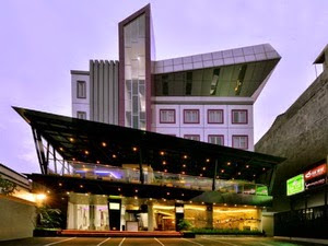 Oak Tree Urban Hotel - Top Hotels near Blok M Mall Jakarta