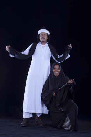 Pekin+Ibrahim+dan+Mislina+Mustaffa naskah drama romeo dan juliet