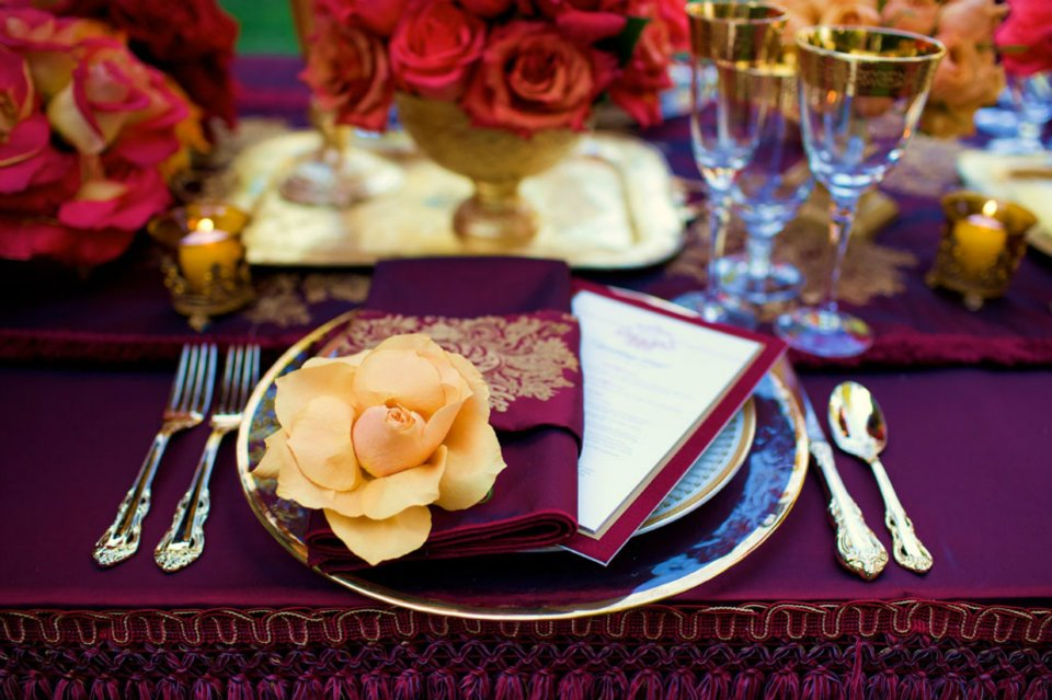 These jewel toned table settings are just stunning such a rich vibrant colour palette makes for Opulent glamour. & Jewel Tone Color Table Setting - Asian Wedding Ideas