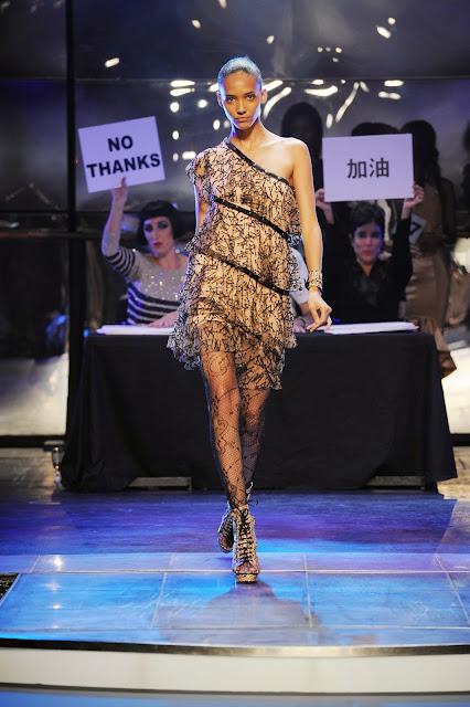 Jean-Paul-Gaultier, JPL, le-male, paris, pfw, danse-avec-les-stars, dals, printemps-ete, spring-summer, styliste, fashion, mode, fashion-week, paris-fashion-week, mode-a-paris, vogue, collection, womenswear, allure-chic, catwalk, du-dessin-aux-podiums, sexy, fashion-woman, mode-femme, menswear, pap, pret-a-porter