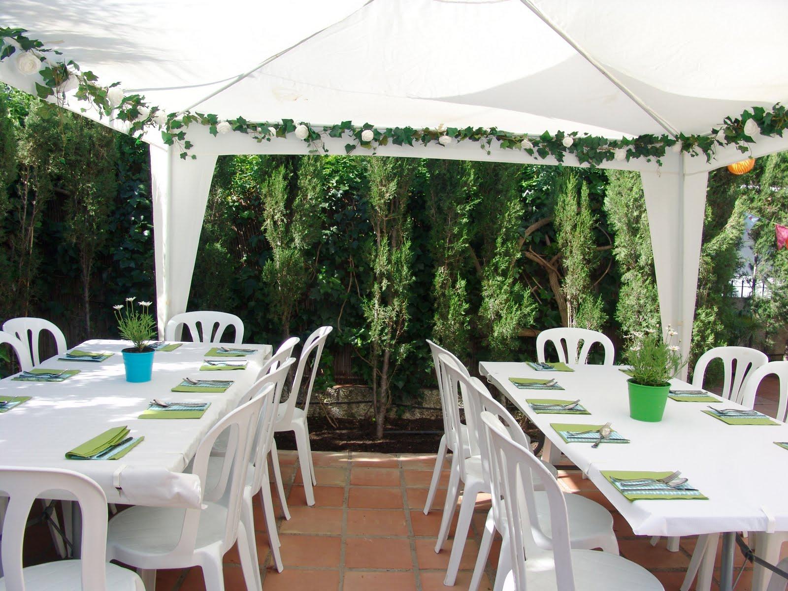 Lalibelula decorando un jardin para una comunion - Tipos de toldos para patios ...