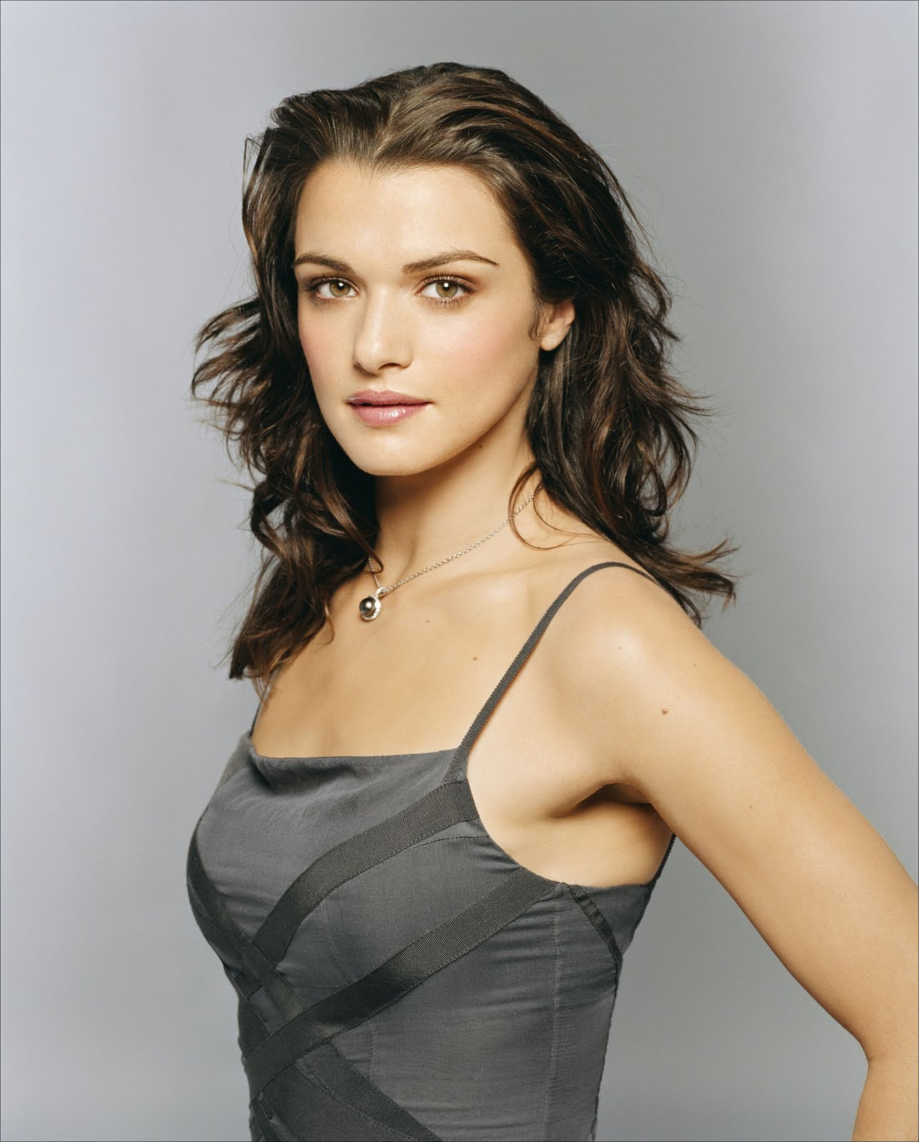 Rachel Weiss will be the main villain in the James Bond film 03/29/2010 61