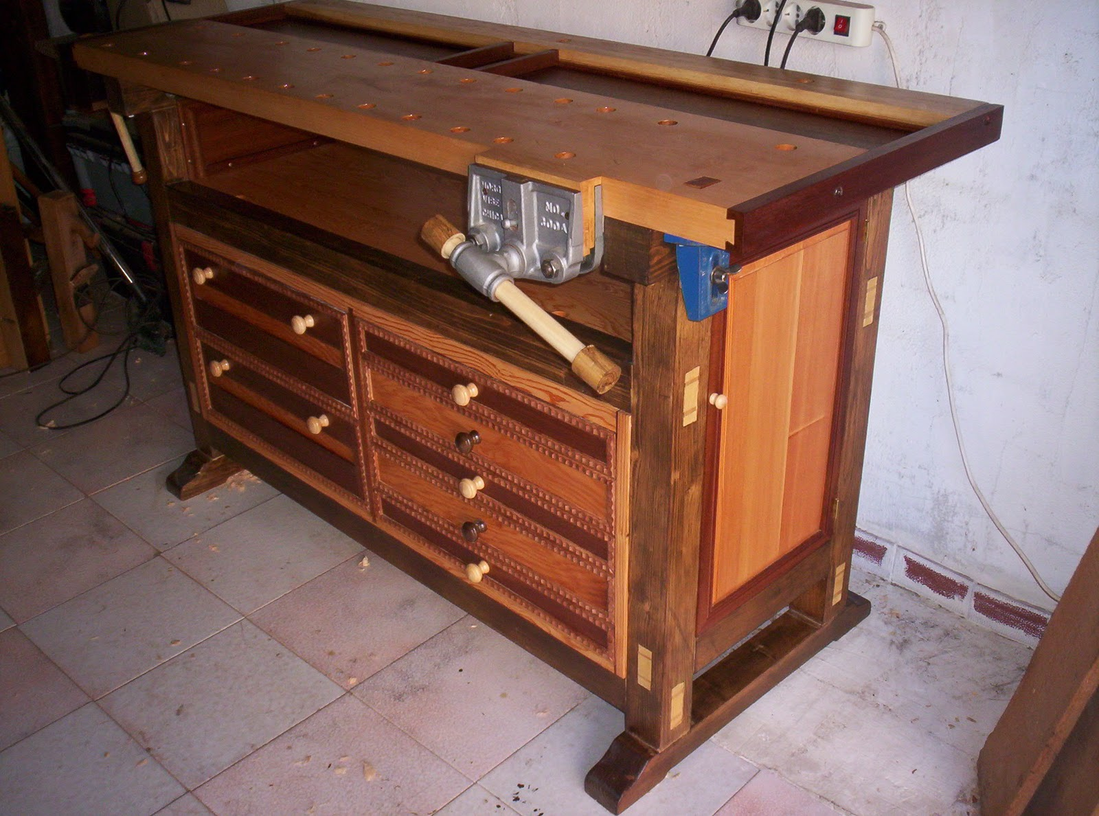 Woodworking By Hand Tool Chest Bench