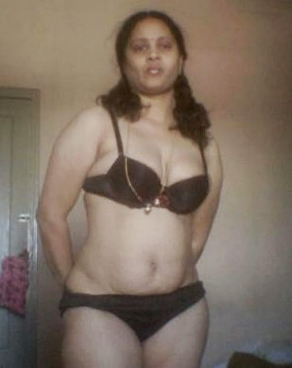 Keeley hazell naked nude pussy